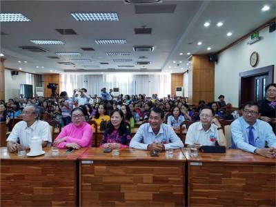 Tổ chức buổi họp mặt tri ân cán bộ, giáo viên, nhân viên nghỉ hưu trong năm học 2018-2019